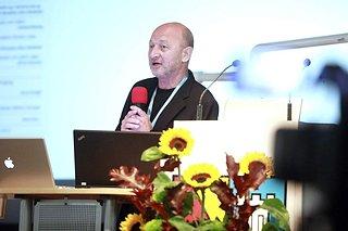 2010 keynote 005