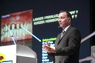 2010 keynote 232